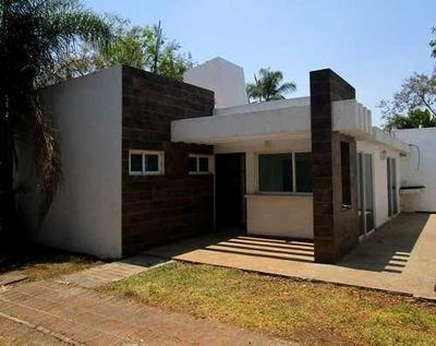 B3109 - ¡un Nivel! Hermosa Casa Completamente Remodelada