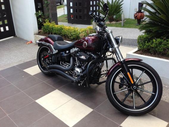 Harley Davidson Breackout
