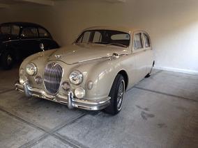 Jaguar 1960 Totalmente Restaurado