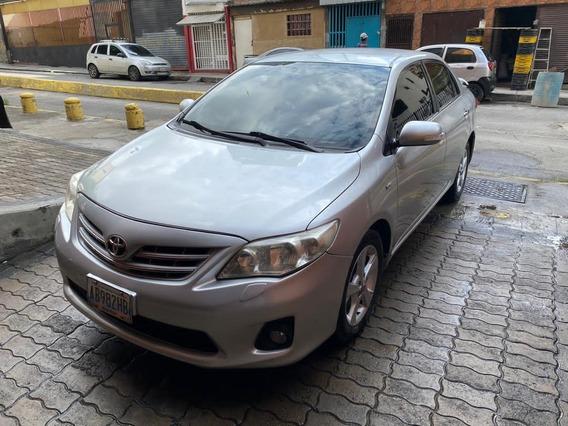 Toyota Corolla Gli 1.8 2012 Plata