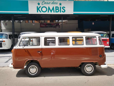Volkswagen Kombi 1.6 Álcool