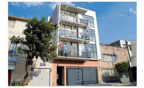 Departamento Exterior En Calle Laurel, Col. Santa María La Ribera