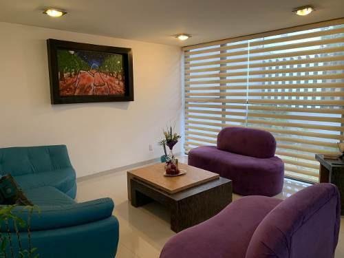 Casa En Condominio Amplia, Moderna E Iluminada