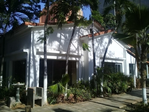 Casa Comercial Alquiler La Lago Maracaibo Api 3940 Uvdp