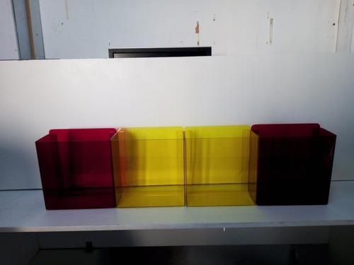 Imagem 1 de 5 de Conjunto Caixa Em Acrílico Colorida De Parede