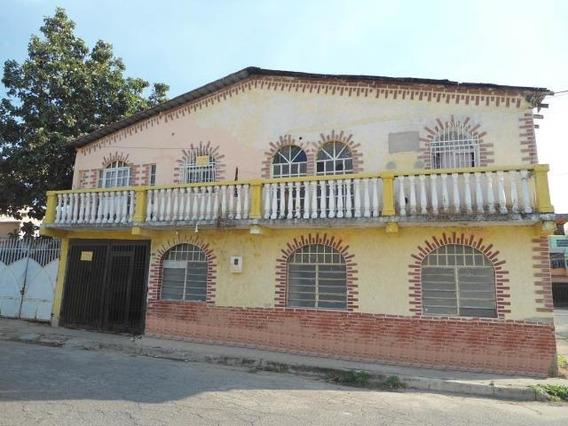 Casa En Venta Campo Alegre Maracay