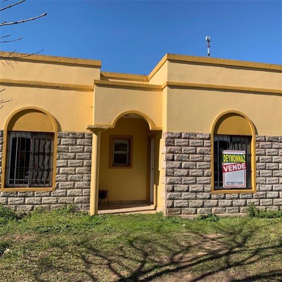 Venta Casa 2 Dormitorios Con Patio En Colón