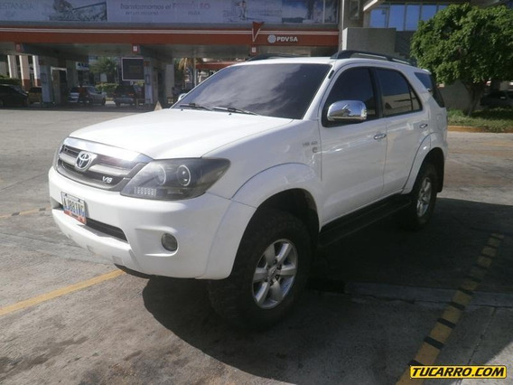 Toyota Fortuner Automático
