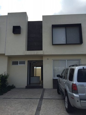 Casa En Residencial Virreyes, Lomas Del Marques