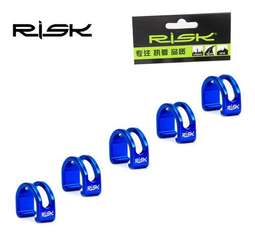 Imagem 1 de 2 de Presilha Clip Fixador Conduite Hidraulico Alum Vazado Azul.