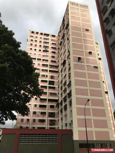 Imagen 1 de 8 de Apartamentos En Venta Caricuao Ud 3