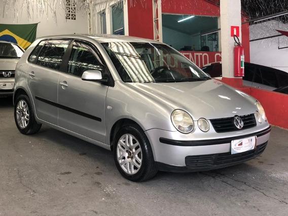Volkswagen Polo Hatch 2003 1.6 5p - Pneus Novos
