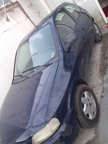 Imagem 1 de 5 de Chevrolet Celta 2005 1.0 Life 3p