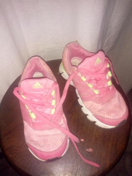 Zapatillas adidas Ñiñas Casi Nuevas Y New Balance Las 2 1800