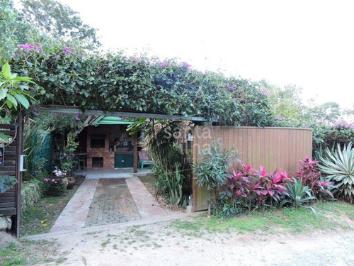 Casa Com 3 Dormitórios À Venda, 168 M² Por R$ 797.000,00 - Campeche - Florianópolis/sc - Ca2255