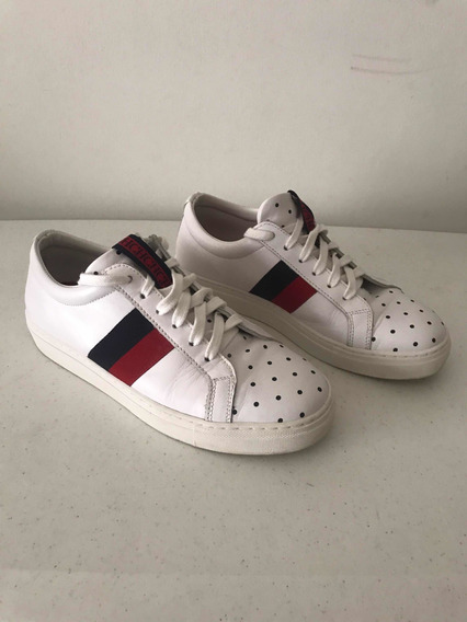 Tenis Casuales Carolina Herrera, Color Blanco Con Franjas