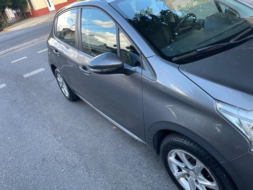 Peugeot 208 Allure 1.6 Touchscreen 2015 37000 Km
