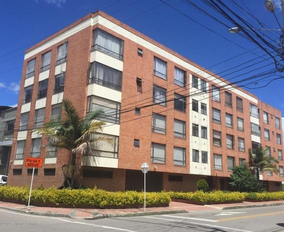 Apartamento Venta Granada Norte Mls 19-1154