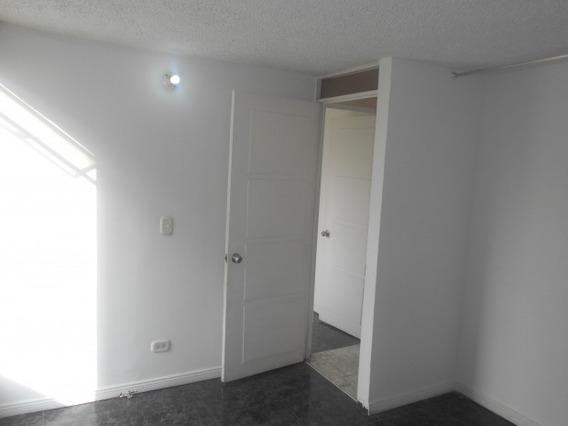 3592 Apartamento En Venta, Bogotá D.c., Bosa