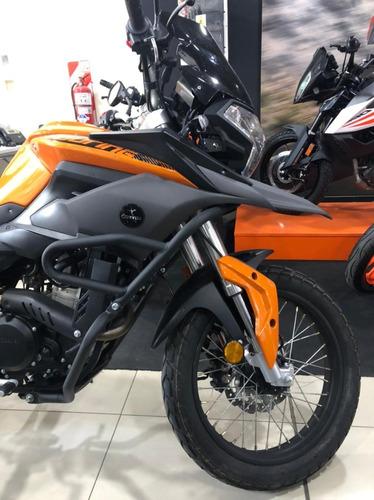 Corven Touring 250 2019 - 6080 Km Um