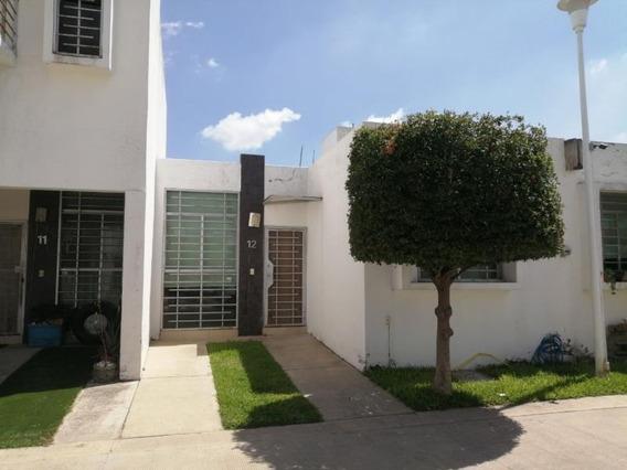 Casa Sola En Venta El Fortin