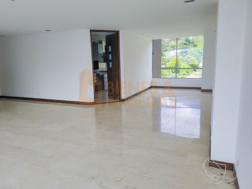 Apartamento En Venta Los Balsos 643-4375