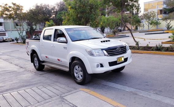 Vendo Toyota Hilux Srv Full 2013 4x4 Motor Ok Solo Familiar