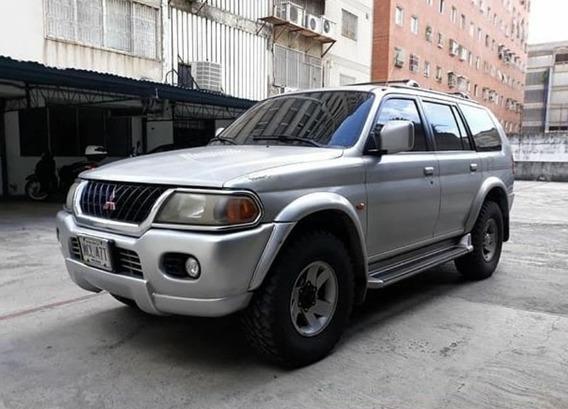 Mitsubishi Montero 2001 4x4