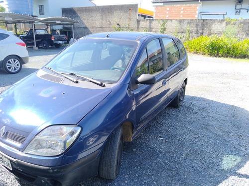 Imagem 1 de 12 de Renault