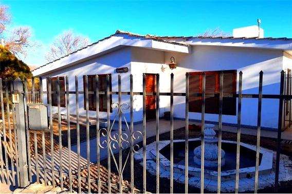 Casa Tipo Chalet Capilla Del Monte - 3 Dormitorios