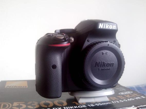 Camera Nikon D5300 Corpo Com A Caixa Original+ Acessorios