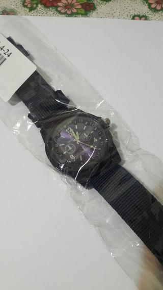 Relógio Casual Classic Quartz