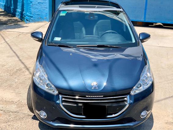Peugeot 208 Feline Pack Cuir