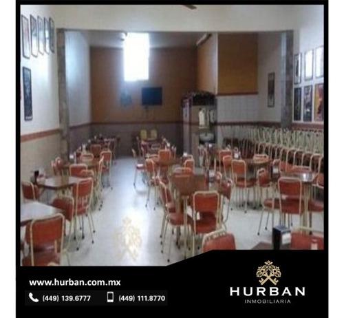 Hurban Vende Local Comercial Aclientado Y Equipado.