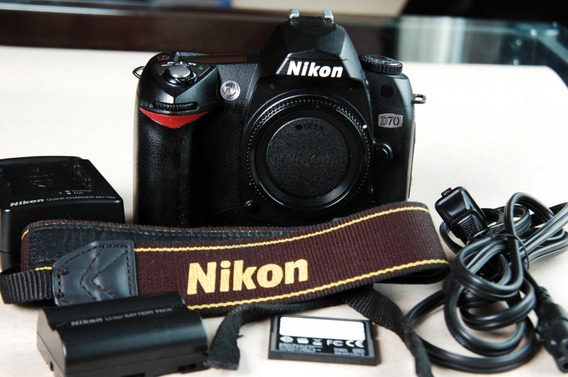 Nikon D70 D-70 Poucos Cliks Otima Pra Iniciar D80 D90 D200