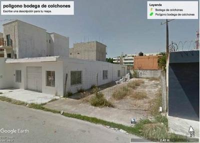 Terreno Con Bodega A 20 Metros De Carretera. Se Vende Como Terreno!!!