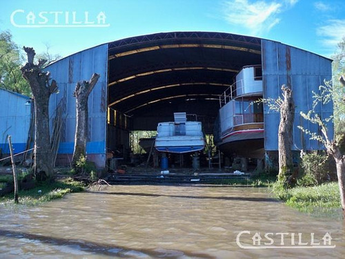 Alquiler De  Galpón Astillero Sobre Río Luján