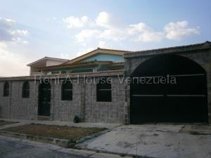 Casa En Venta Trigal Norte Valencia Carabobo 20-8404dam
