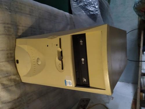 1 Pc Hd 80 Gigas Ddr2 1 G- 1 Teclado - 1 Monitor 17 - Usado