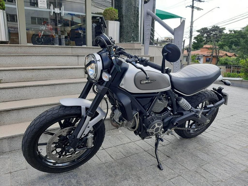 Imagem 1 de 8 de Ducati Scrambler Custom
