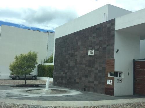 Casa En Renta En Privada Santa Fe