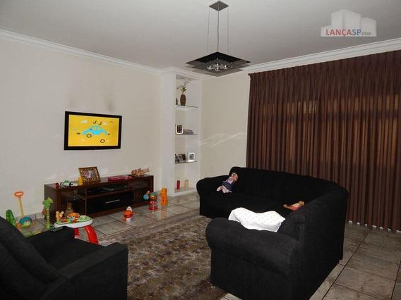 Ótimo Sobrado Com 440m², 4 Dormitórios (3 Suítes), Garagem Para 5 Carros, Em Mauá! - So0012