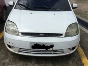 Ford Fiesta Hatch 1.0 Ano 2003