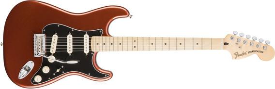 Guitarra Deluxe Roadhouse Strat® Fender Classic Cooper