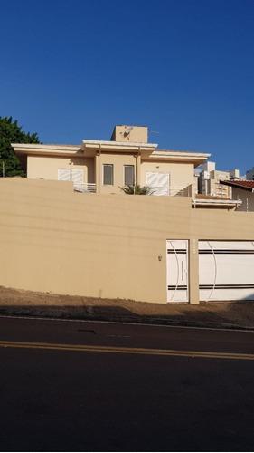 Casa À Venda Na Rua Santa Maria Rosselo, Mansões Santo Antônio, Campinas - Sp - Liv-10547