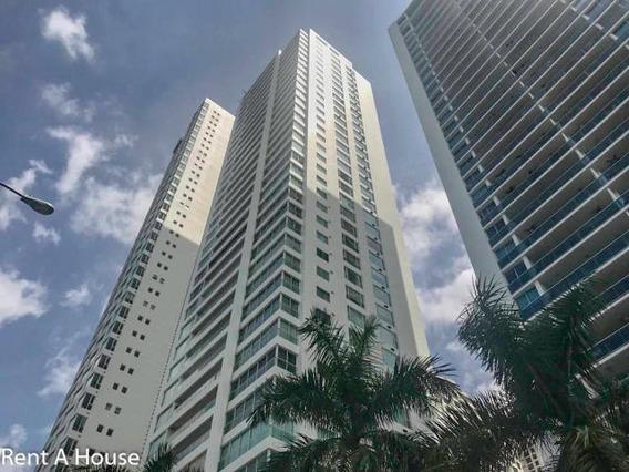 Costa Del Este Amplio Apartamento En Venta En Panama