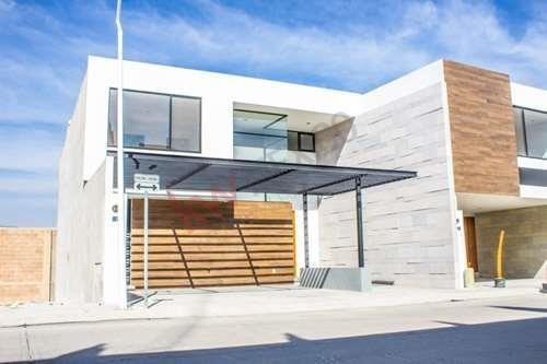 Casa En Venta En Residencial Horizontes Ii $3,700,00.00 Seguridad Y Tranquilidad.