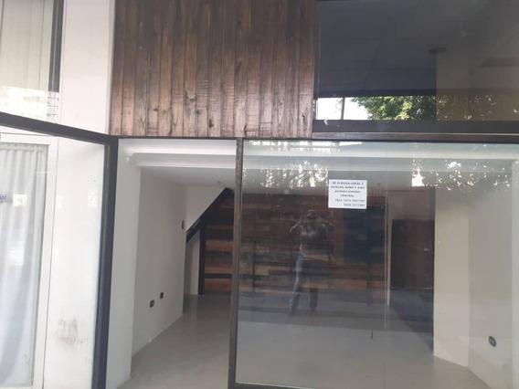 Gran Alquiler De Local En Paseo Las Delicias 04243725877