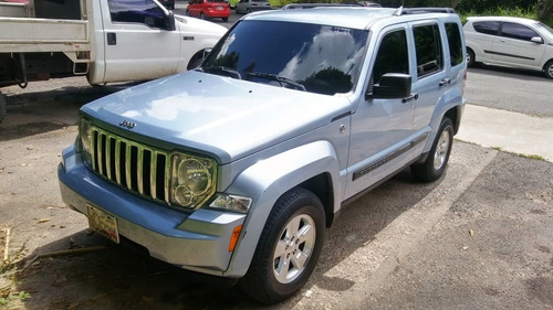 Imagen 1 de 14 de Jeep Cherokee