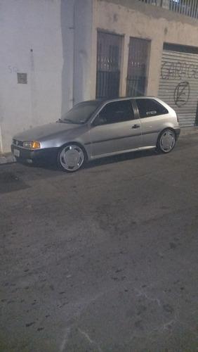 Imagem 1 de 4 de Volkswagen Gol 1996 1.6 3p Gasolina
